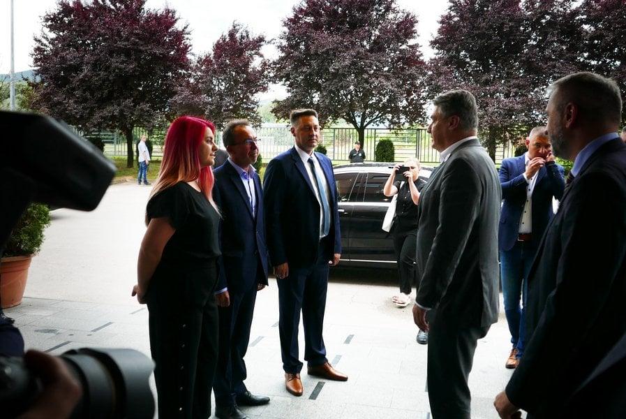 ZORAN MILANOVIĆ POSJETIO HOTEL CENTRAL VITEZ